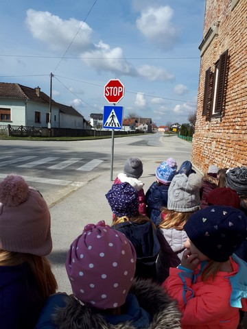Prometni odgoj u skupini Leptirići